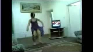 #x202b;رقص اغراء بدون ملابس داخلية   رقص منازل مسخرة   رقص بقميص النوم العاري 2014#x202c;lrm;