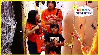 Ryan Pretend Play Halloween Box Fort Maze Indoor Trick or Treat!!!