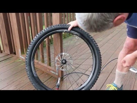 How to Remove a Tire from Difficult Carbon Rim Without Damaging It