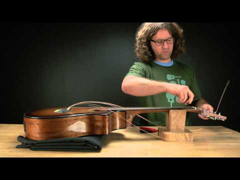 Breedlove Guitars: How to string up a guitar with a pinless bridge