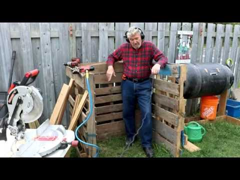 How to build a compost bin with wood pallets