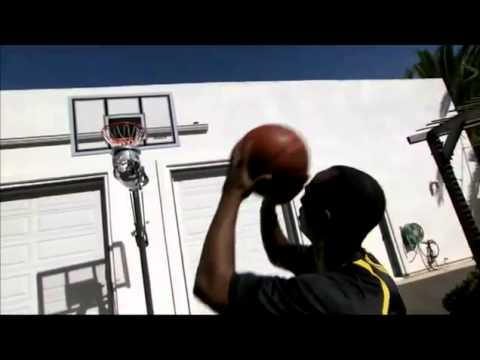 Shoot-Around Basketball Ball Return bij SKLZ