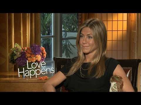 'Love Happens' Jennifer Aniston Pumas Interview