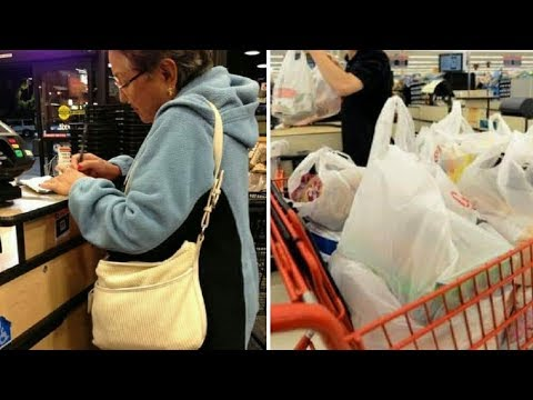 Cashier Mocks Older Woman In Store – Grandmother's Comeback Leaves Her Speechless