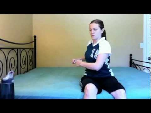 Easy Exercises on the Bed With a Broken Foot or Ankle in a Cast