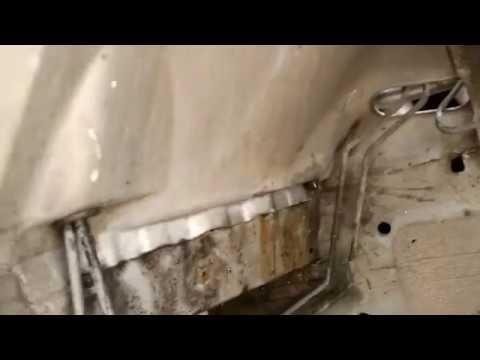 bmw e39 5-series ecu box water drain part 2 (cleaning)