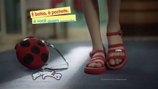 Nova sandália da Ladybug com bolsa-pochete. É você quem manda!