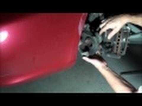 HOW TO INSTALL FRONT BRAKE PADS HONDA ACCORD - Replacing Honda front disc brake pads