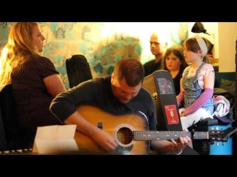 Joe McKenna - Margarita (Live from Wall and Keogh, August 2012)