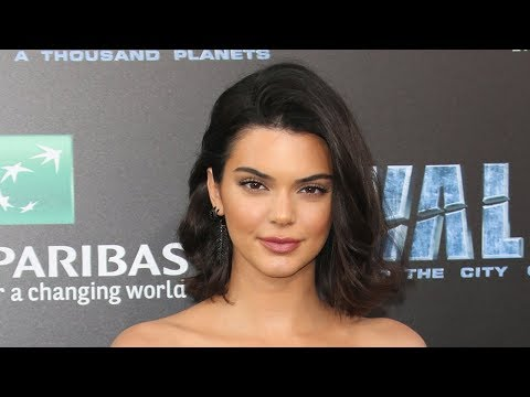 Fans Accuse Kendall Jenner Of Lip Injections For THIS Reason