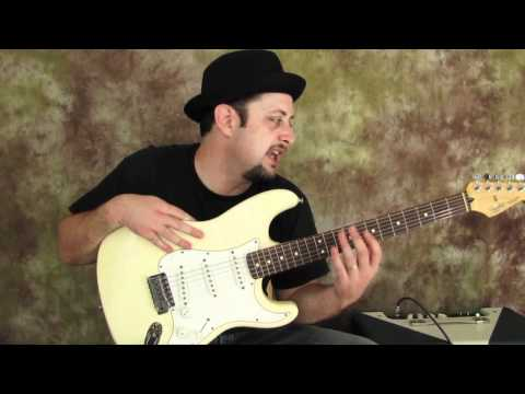 Fender Stratocaster - How to Choose an Electric Guitar