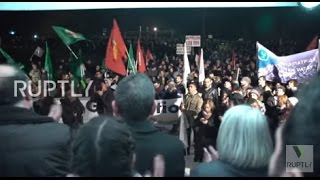 Cyprus: Thousands of Greek and Turkish Cypriots rally for island