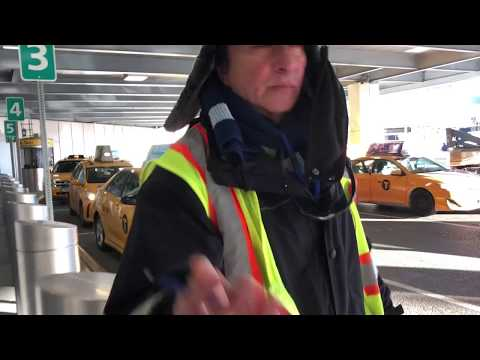How to Get a Taxi at NYC Airports (Laguardia, JFK, and Newark)