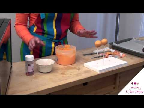 Video #7 Dipping your cake pops