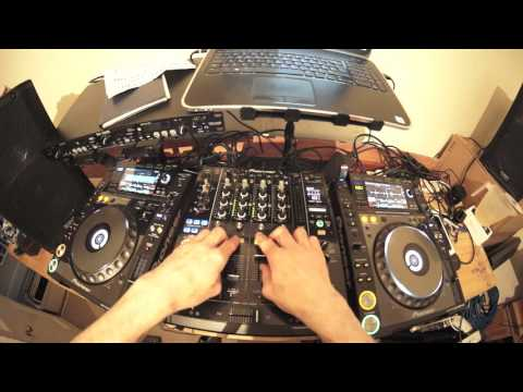 DRUM AND BASS DJ MIXING LESSON USING TRACKS FROM HOSPITAL RECORDS