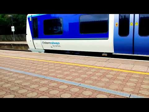 Chiltern new livery 165027 & 165013 depart Stoke Mandeville