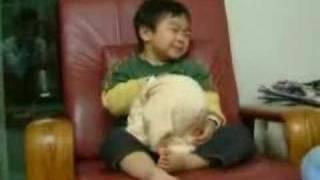 #x202b;طفل نعسان#x202c;lrm;