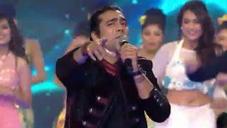 Star Parivaar Award 2017    Title Song    Tu Itni Khusurat Hai    Jubin Nautiyal  Performance 💝