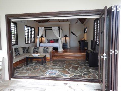 Fiji – Yasawa – Paradise Cove Resort – Walkabout Accommodation