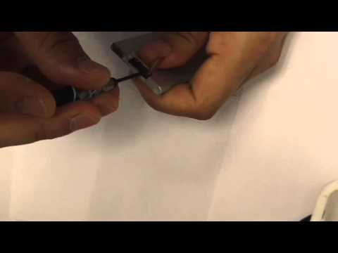 iPod Nano 7 Repair   How to Open it