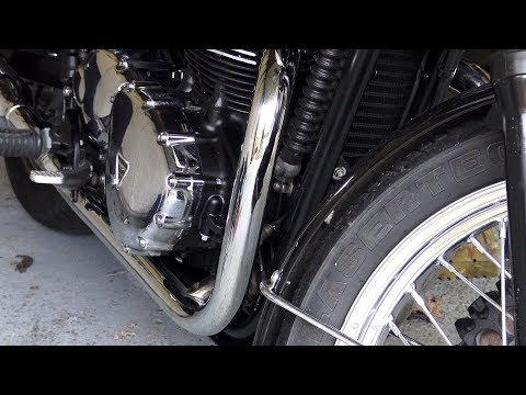 custom Triumph bonneville T100, how to remove Bluing/scratches from motorcycle Exhausts!