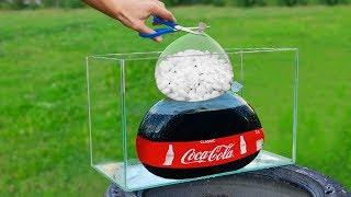 Experiment: Coca Cola and Mentos
