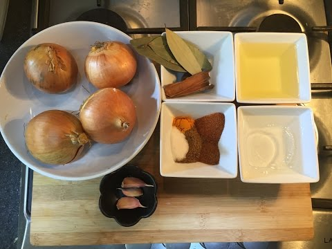 How to make Onion Paste (a Bunjarra for extra flavour in Curries)