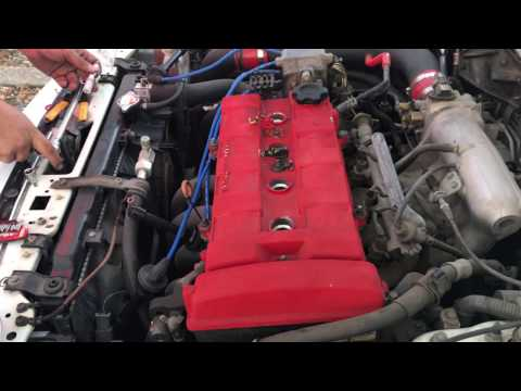 How To Change Spark Plugs DIY Off An Acura Integra b18b1
