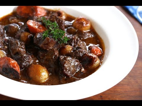 How to make beef bourguignon with rosemary potatoes