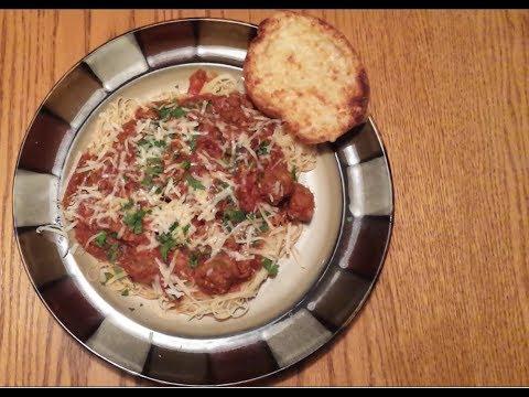 Spaghetti w/ Italian Sausage Meatballs, & Cheese Garlic Bread