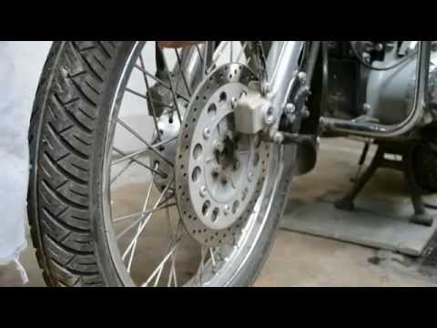 Changing Tyre Tube of Royal Enfield Classic 350