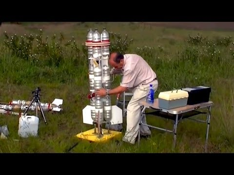 2-Stage Water Rocket to 864 feet