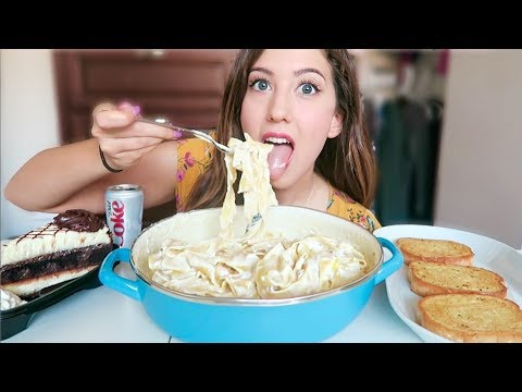 CREAMY CHEESE PASTA AND CHOCOLATE CHEESECAKE MUKBANG! (Eating Show)