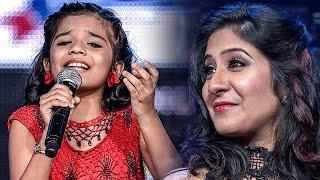 Shweta Mohan Adoring Sreya Jayadeep
