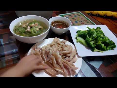 Tai mui luộc trắng giòn, Canh mướp đắng nấu tôm, rau luộc // bữa cơm gia đình đơn giản