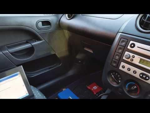 Ford Fiesta 2005 Airbag light randomly on or flashing.