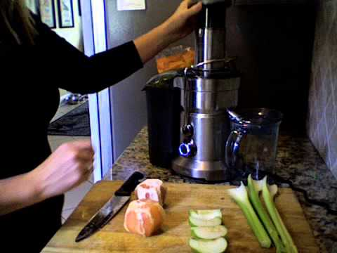 Juicing for Health - Sweet and Sour Juice with Grapefruit