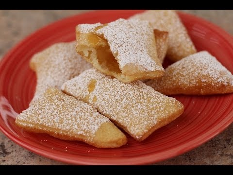 How To Make Sopaipillas - Mexican Pastry Dessert With Honey | Rockin Robin Cooks