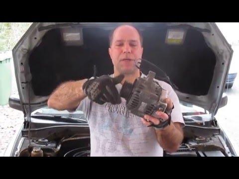 Car with a broken alternator belt - and seized alternator