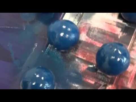 مشروع طالبات الحادي عشر  هندسة (Carbon atom model)