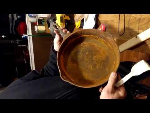 Restoring Cast Iron Skillet using SCIENCE!!!