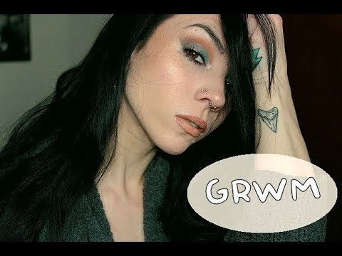 Blue Shimmer Eyes & Nude Lip | GRWM! | Deck of Scarlet