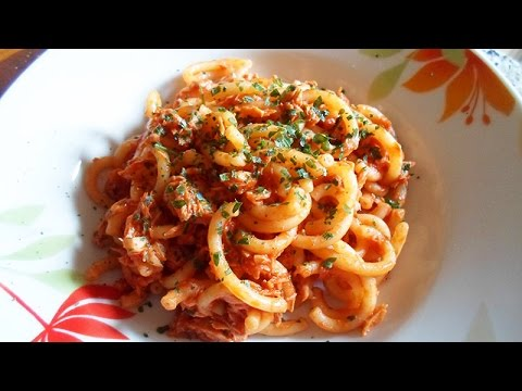 Make Pasta With Salmon And Tomato Sauce - DIY Food & Drinks - Guidecentral