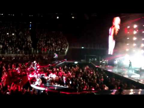 Busted - Falling For You (live @ The O2 Arena London)