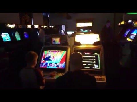 8Bit Flip 2016 - Videogame Walkthrough