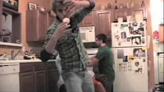 Download FAF-Light Bulb.wmv Video