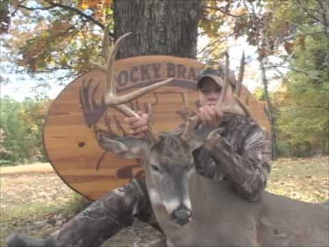 Great Whitetail Bow Hunt - Rocky Branch Outfitters Southern Illinois