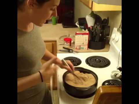 3 ingredient lava cake - Pampered Chef Rockcrok Part 1