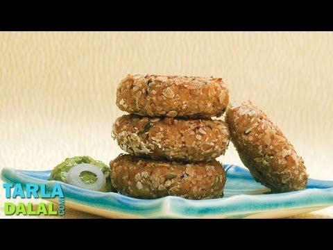 ओटस टिक्की स्वस्थ हरी चटनी के साथ (Oats Tikki with Healthy Green Chutney) by Tarla Dalal