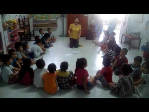 Vietnam. Teacher. American.(38)